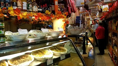 Best Gourmet Deli And Grill Parking - Find Cheap Street Parking or Parking Garage near Best Gourmet Deli And Grill | SpotAngels