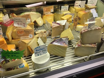 Cheese Boutique Parking - Find Cheap Street Parking or Parking Garage near Cheese Boutique | SpotAngels