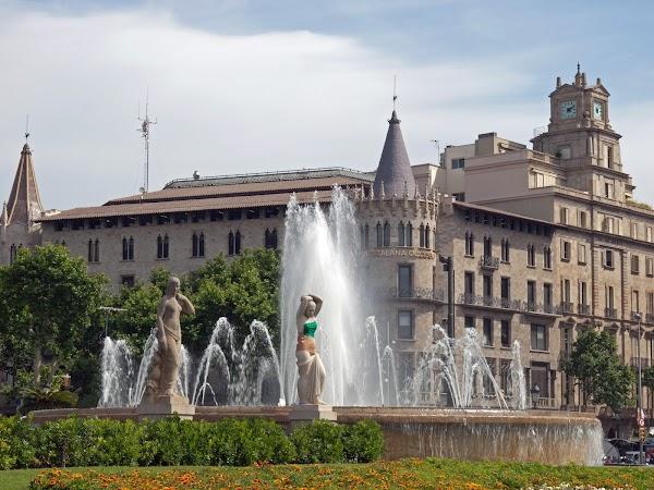 Popular tourist site Plaça de Catalunya in Barcelona