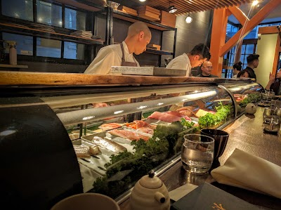 Akiko's Restaurant Parking - Find the Cheapest Street Parking and Parking Garage near Akiko's Restaurant | SpotAngels