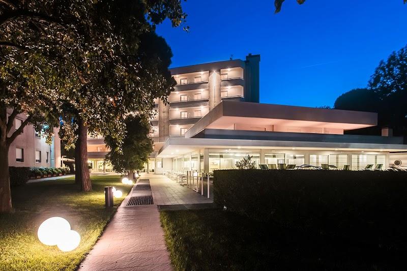 Hotel Amarcord Pinarella