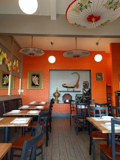 Ma's Burmese Kitchen Parking - Find Cheap Street Parking or Parking Garage near Ma's Burmese Kitchen   SpotAngels