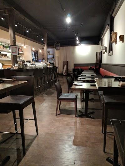 Tsubasa Sushi Parking - Find Cheap Street Parking or Parking Garage near Tsubasa Sushi | SpotAngels