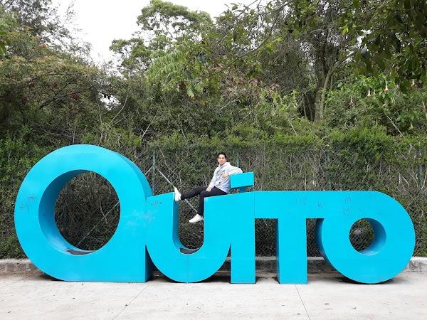 Popular tourist site La Carolina. Park in Quito