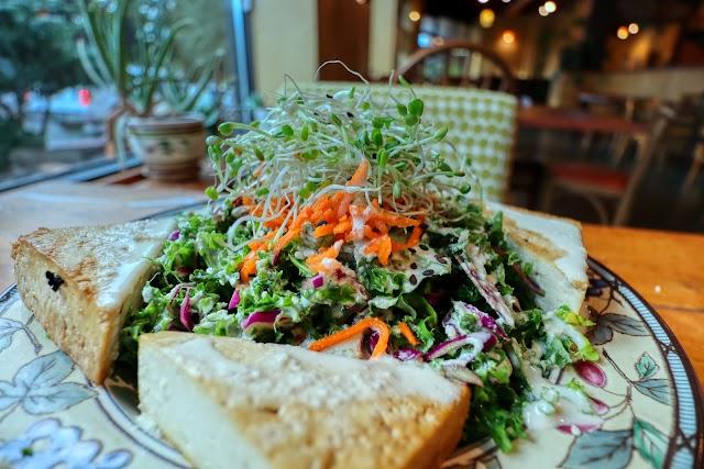 Chaco Canyon Organic Cafe