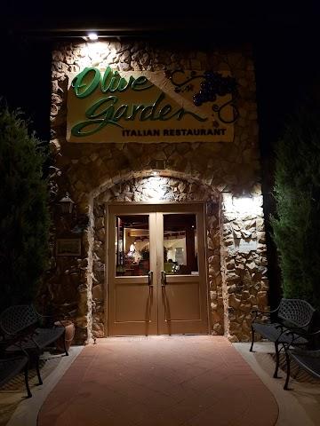 Olive Garden Italian Restaurant image