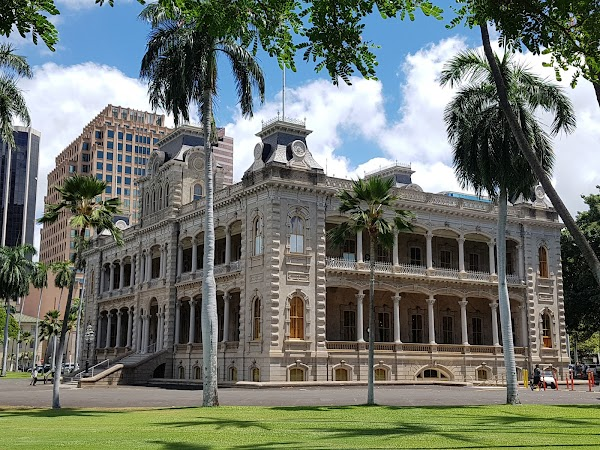 Popular tourist site Iolani Palace in Honolulu