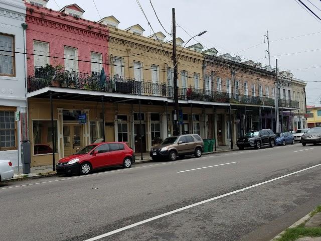 Lower Garden District In New Orleans