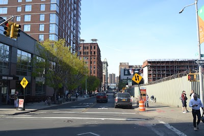 Brooklyn Heights Parking - Find the Cheapest Street Parking and Parking Garage near Brooklyn Heights | SpotAngels
