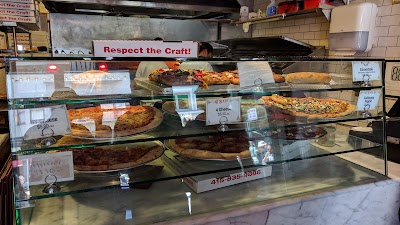 Tony's Coal-fired Pizza And Slice House Parking - Find Cheap Street Parking or Parking Garage near Tony's Coal-fired Pizza And Slice House | SpotAngels