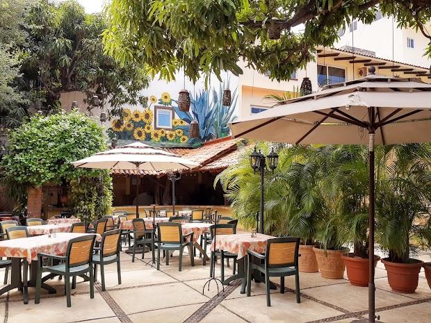 Hacienda Alemana Puerto Vallarta / Boutique Hotel & Restaurant