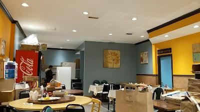 Emmy's Restaurant Parking - Find Cheap Street Parking or Parking Garage near Emmy's Restaurant | SpotAngels