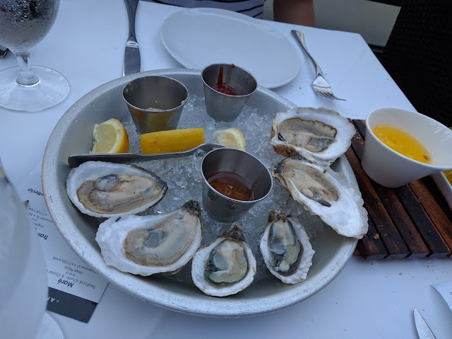 Mare Oyster Bar