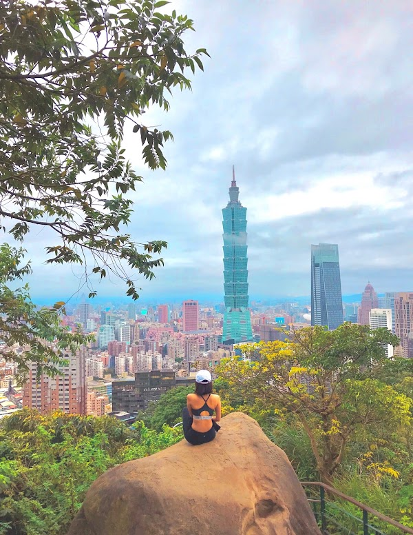 Popular tourist site Xiangshan Trail in Taipei