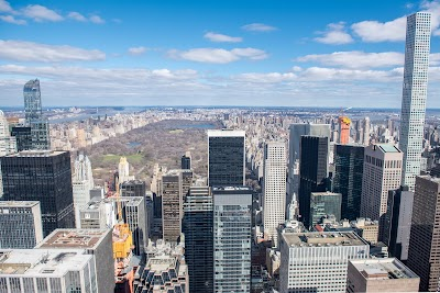 Top Of The Rock Parking - Find Cheap Street Parking or Parking Garage near Top Of The Rock | SpotAngels