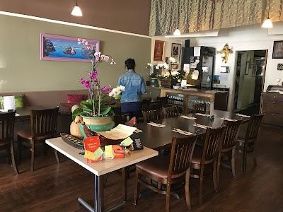 Jitlada Thai Cuisine Parking - Find Cheap Street Parking or Parking Garage near Jitlada Thai Cuisine | SpotAngels