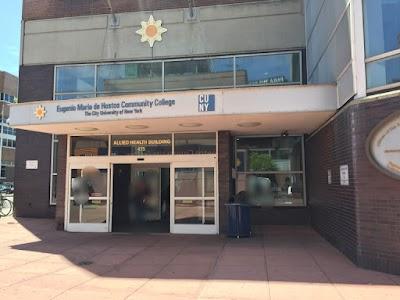 Hostos Community College Parking - Find Cheap Street Parking or Parking Garage near Hostos Community College | SpotAngels