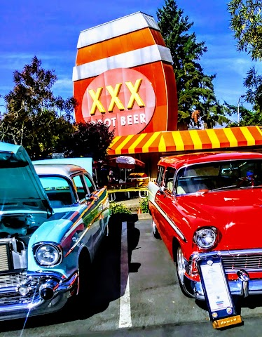 Triple XXX Rootbeer Drive-in
