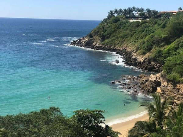 Popular tourist site Playa Carrizalillo in Puerto Escondido