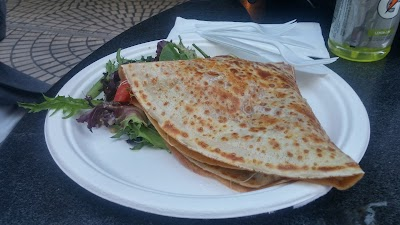 Crepe & Curry Parking - Find the Cheapest Street Parking and Parking Garage near Crepe & Curry | SpotAngels