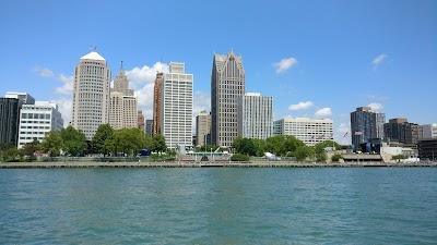Detroit Parking - Find Cheap Street Parking or Parking Garage in Detroit, MI | SpotAngels