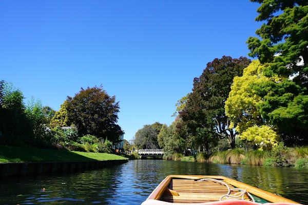 Popular tourist site Punting On The Avon in Christchurch