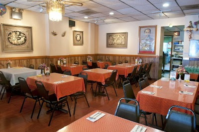 Arharn Thai Restaurant Parking - Find Cheap Street Parking or Parking Garage near Arharn Thai Restaurant | SpotAngels