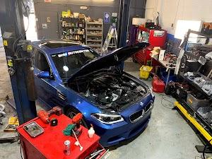 BMW AUTO CENTER INC
