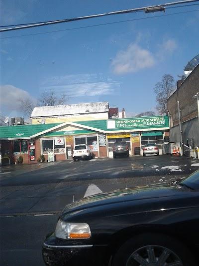 Richmond Hill Parking - Find Cheap Street Parking or Parking Garage near Richmond Hill | SpotAngels