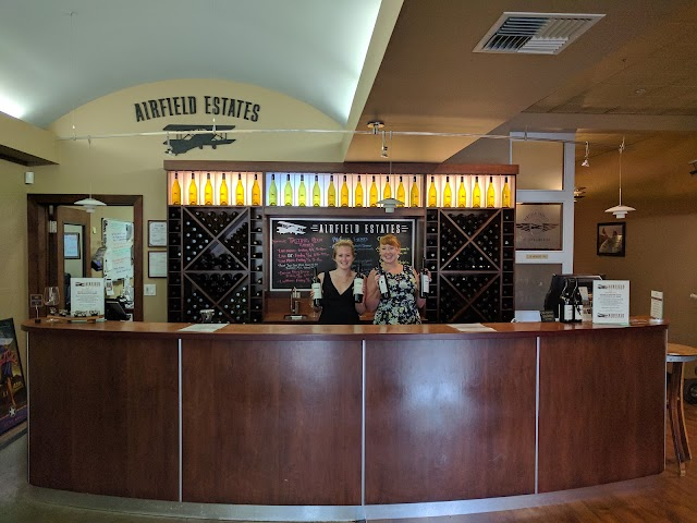 Airfield Estates Winery Woodinville Tasting Room