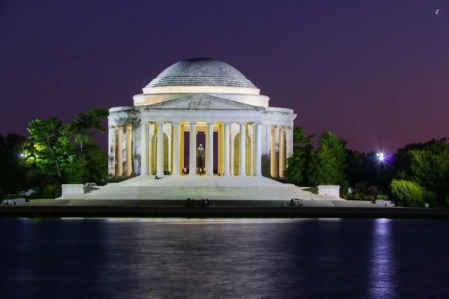 List item Thomas Jefferson Memorial image
