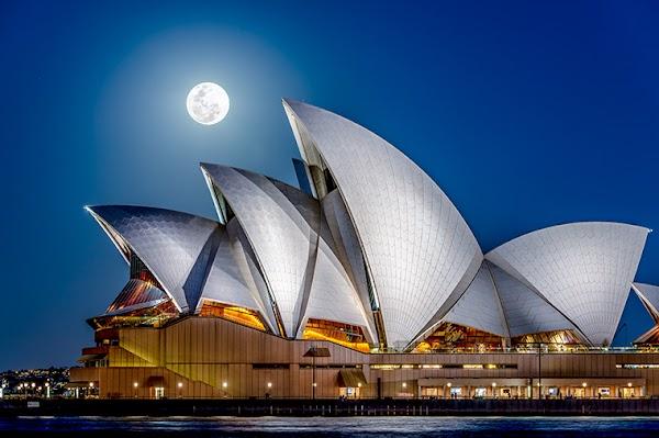 Popular tourist site Sydney Opera House in Sydney