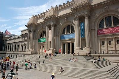 Metropolitan Museum Of Art Parking - Find Cheap Street Parking or Parking Garage near Metropolitan Museum Of Art | SpotAngels