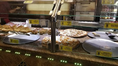 Big Al's Chicago Style Pizza Parking - Find Cheap Street Parking or Parking Garage near Big Al's Chicago Style Pizza | SpotAngels