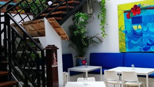 Nola Bar & Grill