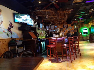 Howl At The Moon Parking - Find Cheap Street Parking or Parking Garage near Howl At The Moon | SpotAngels