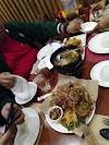 Take me to Max's Restaurant Pasig