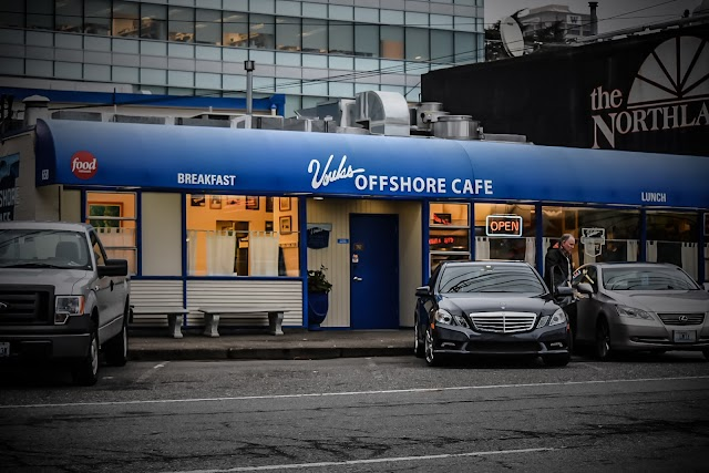 Voula's Offshore Cafe