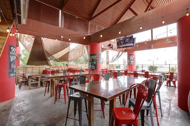 Salut Kitchen Bar image