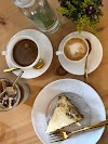 Use Waze to navigate to Artista de Café La Antigua Guatemala