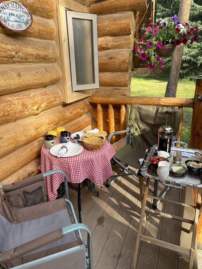 Banff Log Cabin Guesthouse