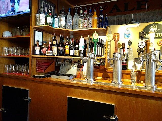 Hilltop Ale House image