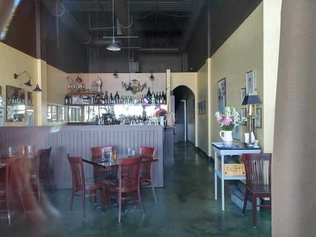 Marée Bistro & Bar