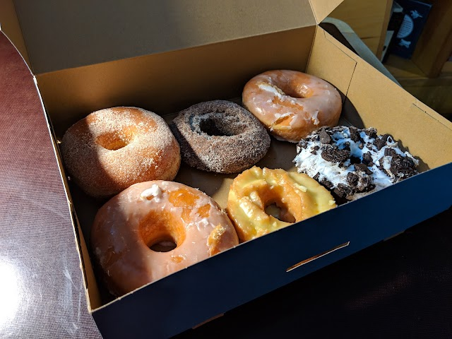 List item Top Pot Doughnuts image