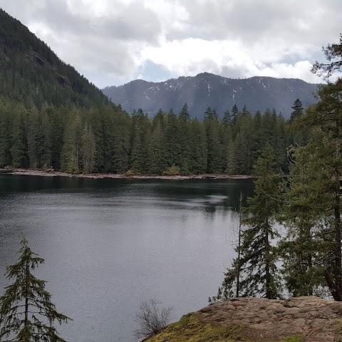 Lena Lake image