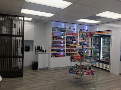 Tarzana Plaza Pharmacy #4