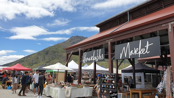 Popular tourist site Remarkables Market in Queenstown