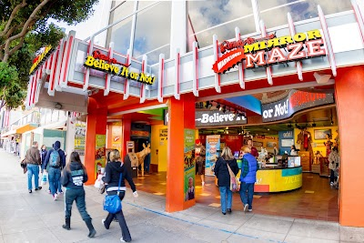 Ripley's Believe It or Not! San Francisco Parking - Find the Cheapest Street Parking and Parking Garage near Ripley's Believe It or Not! San Francisco | SpotAngels
