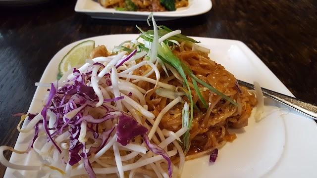 Bai Tong Restaurant - Redmond
