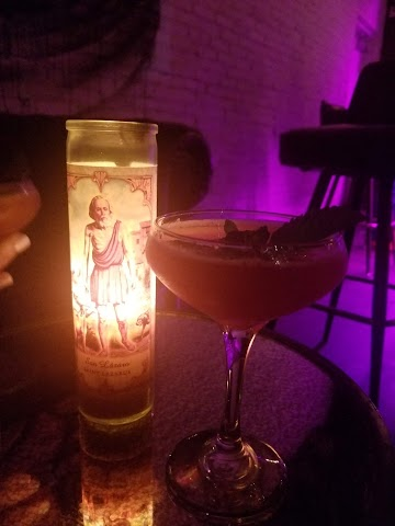 Mercado Negro - Mezcaleria & Cocktail Bar